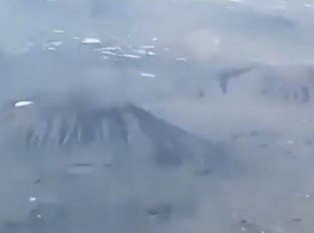 طيار يكشف سبب المطبات الهوائية بمطاري المدينة وأبها (فيديو)