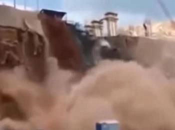 شاهد: انهيار سد ضخم في السودان وتدمير 600 منزل