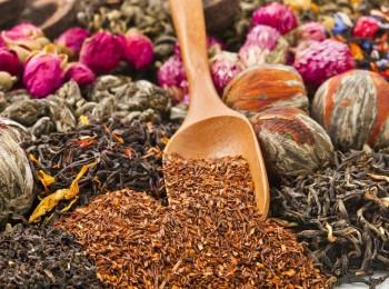 """""""الغذاء والدواء"""" تحظر بيع 70 عشباً في محلات العطارة لخطورتها على الصحة"""
