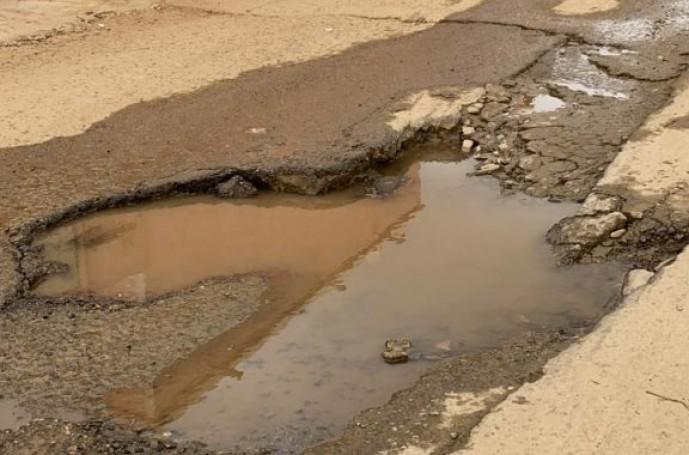 مركز الحقو : حفريات بمواقع متفرقة في أحد الأحياء وأمين منطقة جازان يُوجّه بسرعة المعالجة