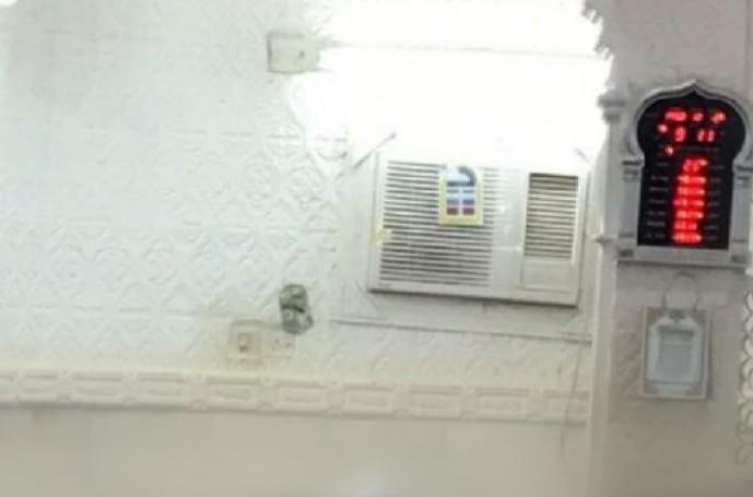 عاجل | إيقاف الصلاة في جامع العيدابي بمركز الحقو حتى إشعارٍ آخر