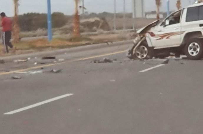 """مركز الحقو – حادث إنقلاب سيارة من نوع جيب على طريق يشهد سرعات عاليه وقاتله – """"صور"""""""