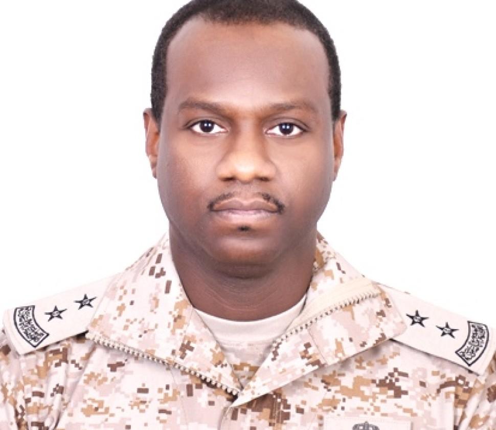 """ترقية """"الحقوي"""" لرتبة """"ملازم أول"""" بالقوات الجوية الملكية السعودية"""