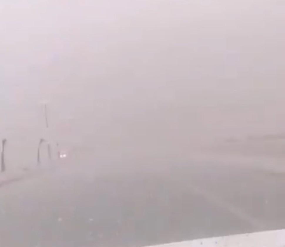 مركز الحقو وضواحيه : أمطار غزيرة وصواعق رعدية قوية اليوم الأحد – فيديو