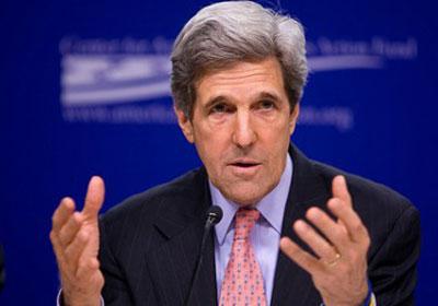 """أمريكا تمهل """"الأسد"""" 30 يوماً لتقديم بيانات الأسلحة الكيميائية"""