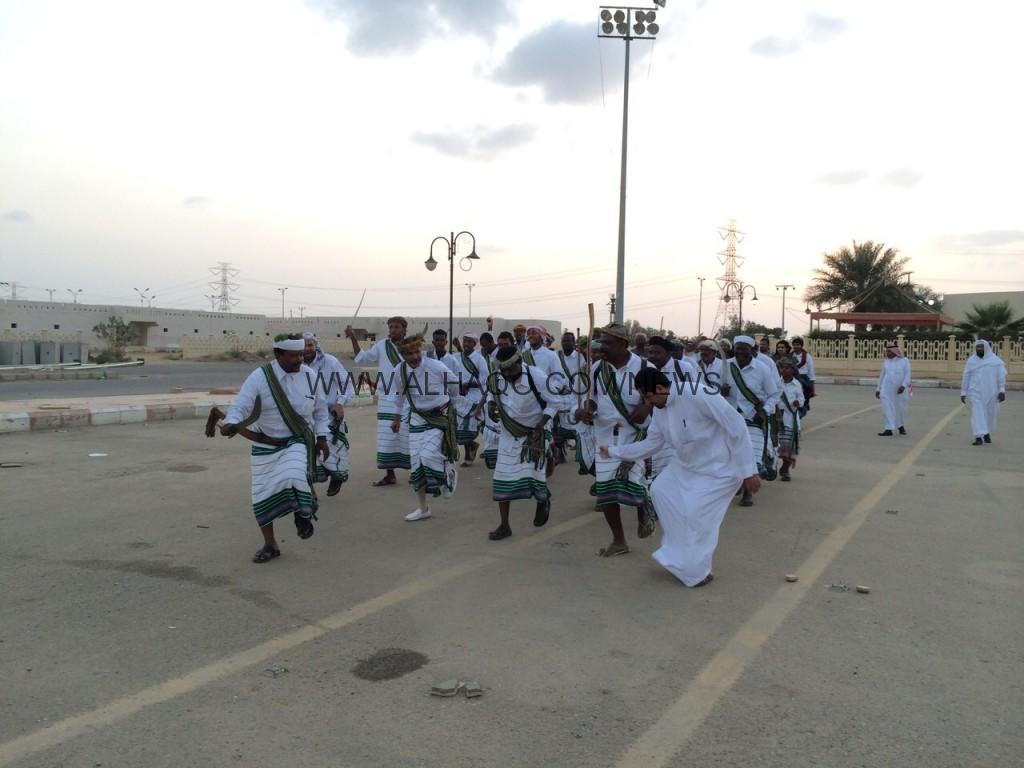 بالصور .. محافظة بيش تستنفر طاقاتها الإبداعية الشابة إستعداداً لكرنفال جازان 2015
