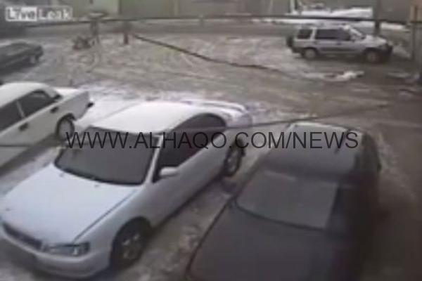 فيديو: لحظة انتحار رجل أمام زوجته بسبب طلباتها المادية