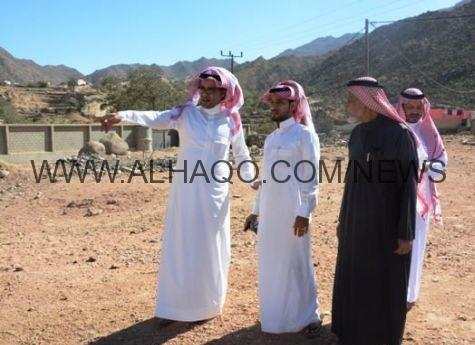 رئيس بلدية محافظة الداير يلبي طلبات الأهالي ويحل مشاكل النظافة