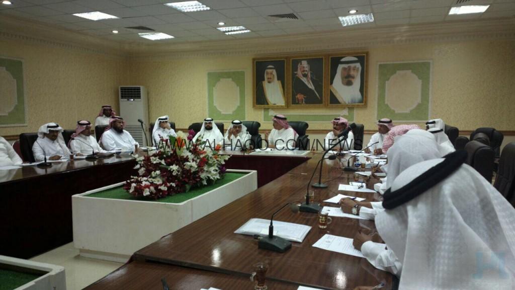محافظ المسارحة يترأس اجتماع المجلس المحلي