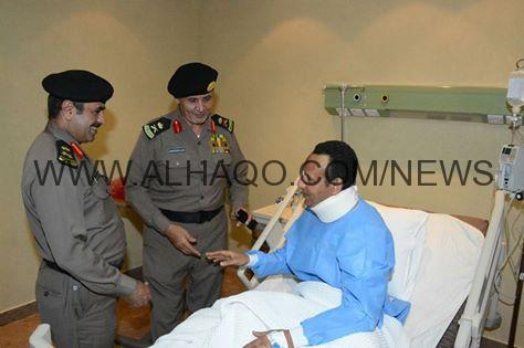 جازان : اللواء ناصر الدويسي يطمئن على صحة الرائد علي ال حارث