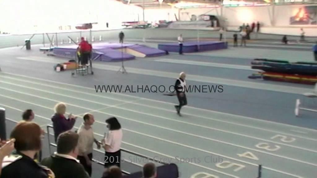 فيديو: تسعيني يحطم الرقم القياسي في الجري لمسافة 200 متر