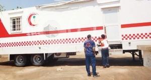 فرق إسعافية وآليات ومعدات دعما لـ«هلال» جازان