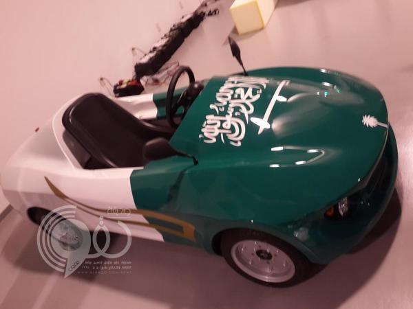 بالصور.. سعوديون في اليابان يصممون سيارة كهربائية.. ومعارض السيارات تحتفي بهم