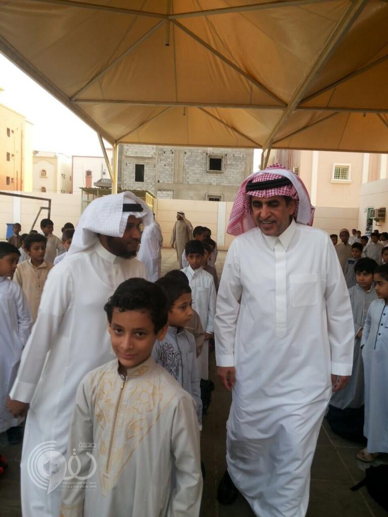 بالصور وزير التعليم يزور مدارس جازان