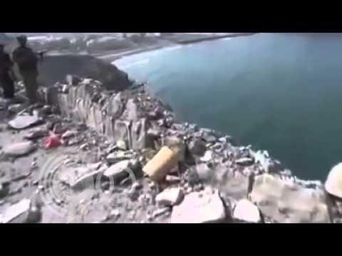 فيديو: سقوط دبابة بالبحر بعد هروبها من عاصفة الحزم