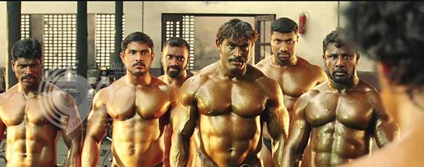 فيديو أكشن لعضلات هندية يجذب أكثر من مليون مشاهدة في أسابيع