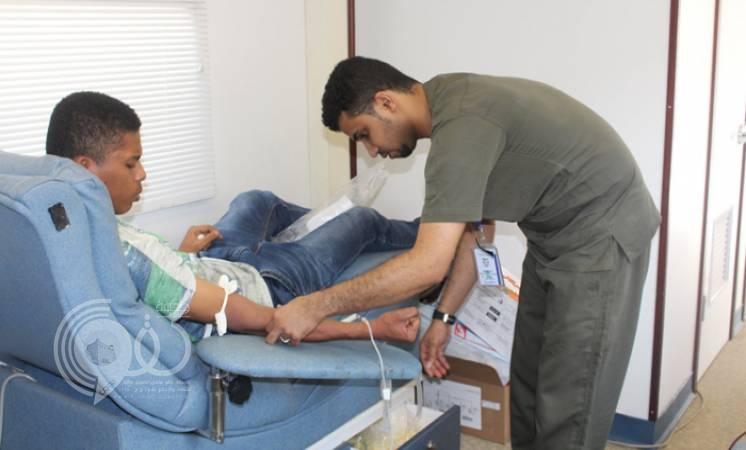 200 متبرع في حملة التبرع بالدم بتقنية جازان