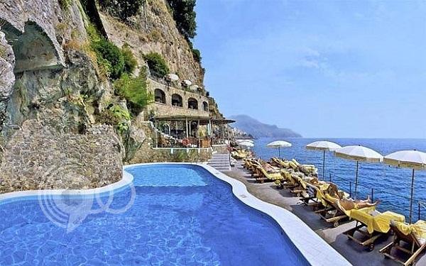 صور: أفضل 10 فنادق مطلة على ساحل أمالفي الإيطالي
