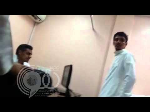"""صحة الشرقية تحقق مع طبيب قال لمريض: """"انقلع"""" – فيديو"""