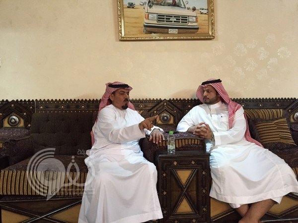 سائق الملك فهد يروي قصة انفجار الإطار والسجادة والبوصلة