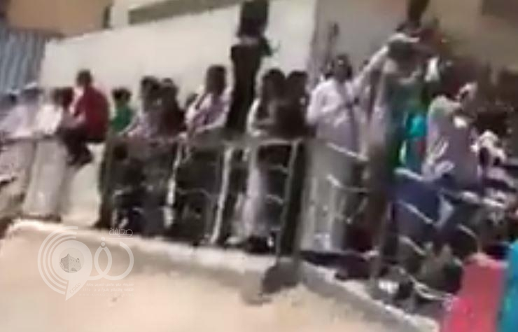 """بالفيديو.. يمنيون يهتفون """"بالروح بالدم نفديك يا سلمان"""""""