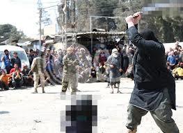 """""""داعش"""" يقطع رأسي امرأتين للمرة الأولى في سوريا"""