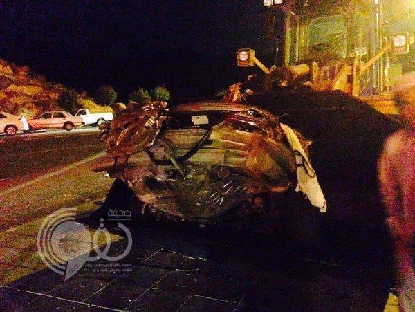 """مصرع وإصابة 11 شخصاً في حادث مروري بـ""""شفا الطائف"""""""