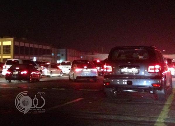 """بالصور.. انقطاع التيار الكهربائي عن """"جسر الملك فهد"""" للمرة الثانية خلال 10 أيام"""