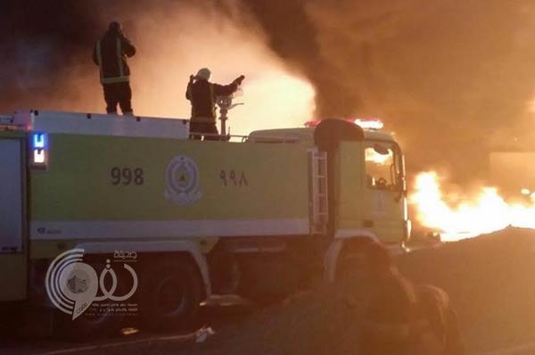 إنقاذ المدينة من كارثة بعد اشتعال النيران خلف محطة وقود