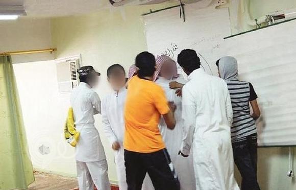 """وزارة التعليم: تطلق برنامج """"رفق"""" لتقليص العنف في المدارس"""