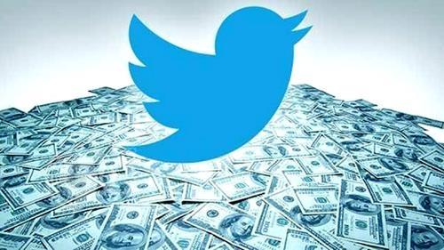 """""""بسبب تغريدة"""".. 12 مليون دولار في حساب أوبرا وينفري"""
