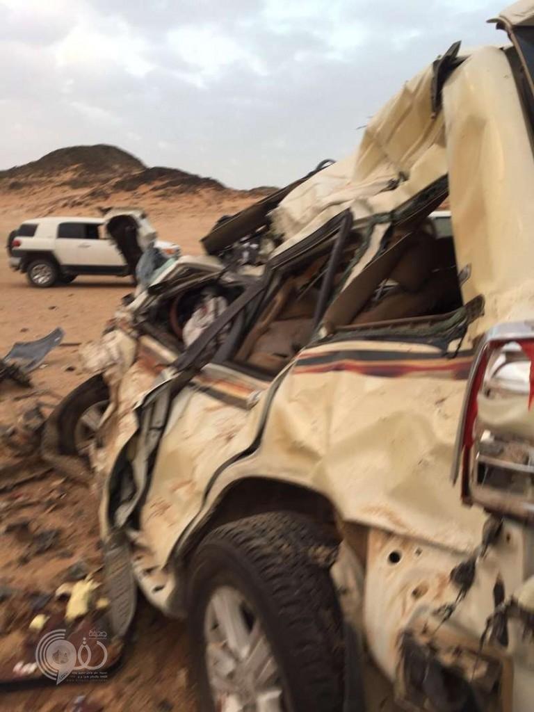 """مصرع شخصين وإصابة ثلاثة آخرين فى تصادم على طريق  """"الرياض – مكة"""""""