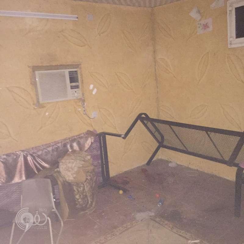 """شاهد.. موقع الانفجار بمنزل في """"مسلية جازان"""" وأقارب الضحية يروون القصة"""