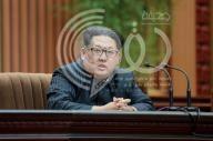 زعيم كوريا الشمالية يأمر الجيش بأن يكون جاهزا لاستخدام أسلحة نووية في أي وقت
