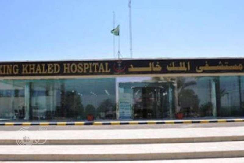 مواطن يعتدي على المدير المناوب بمستشفى الملك خالد بتبوك ويشج رأسه