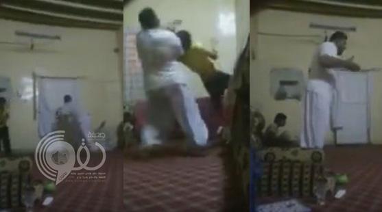 فيديو: أهلاوي يحتفل بالفوز بالدوري بطريقة جنونية كادت أن تسبب ضرر لأطفاله