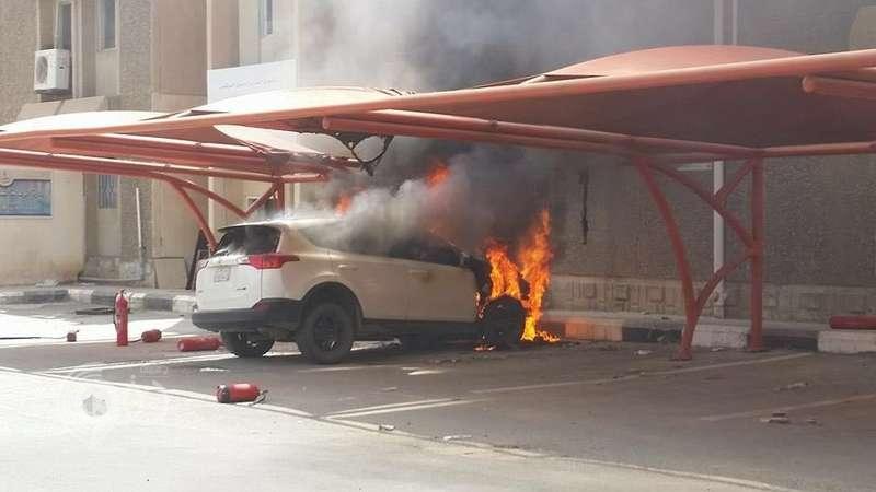 شرطة جازان تحقق فى واقعة احتراق مركبة بموقف مستشفى الملك فهد