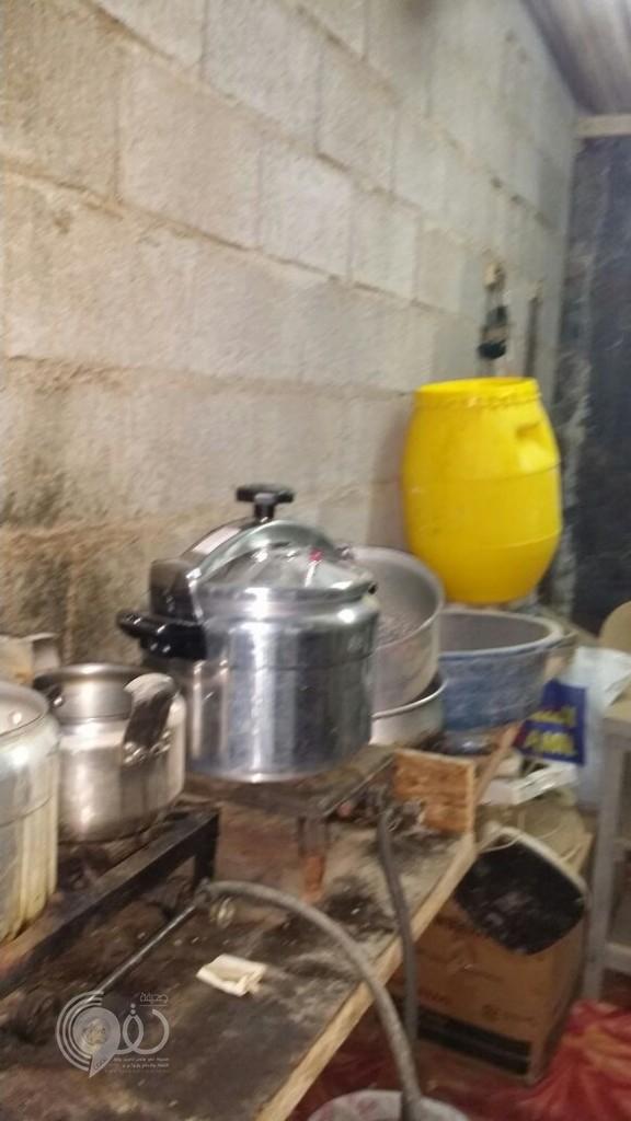ضبط مصنع خمور يديره آسيوي بجازان