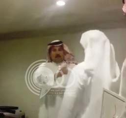 بالفيديو .. سكرتير وزير الزراعة يهين تجار المواشي.. والوزارة تعد بالتحقيق