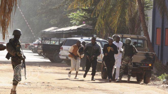 قوات مالي تطلق النار على متظاهرين وتقتل اثنين