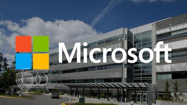 """""""مايكروسوفت"""" تستعد لإطلاق حاسب Surface AIO الكل في واحد"""