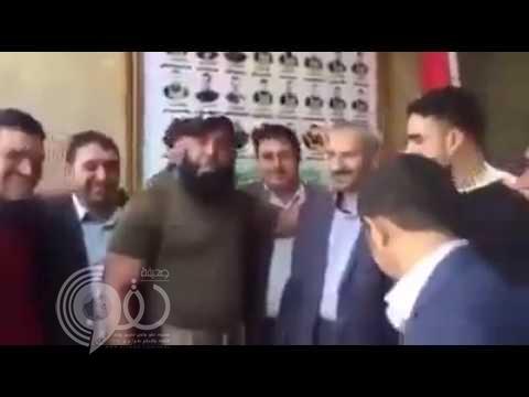 فيديو: أبو عزرائيل يلتقي وفد الحوثي في العراق ويهدد السعودية.. أين تفرون!