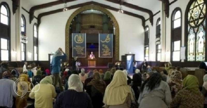 يحدث في مسجد بكوبنهاجن.. ملحدات وزواج مختلط وامرأة تؤم المصلين