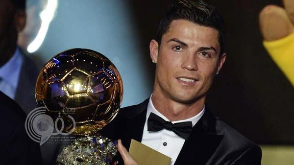 الإعلان عن أول 10 مرشحين لجائزة الكرة الذهبية