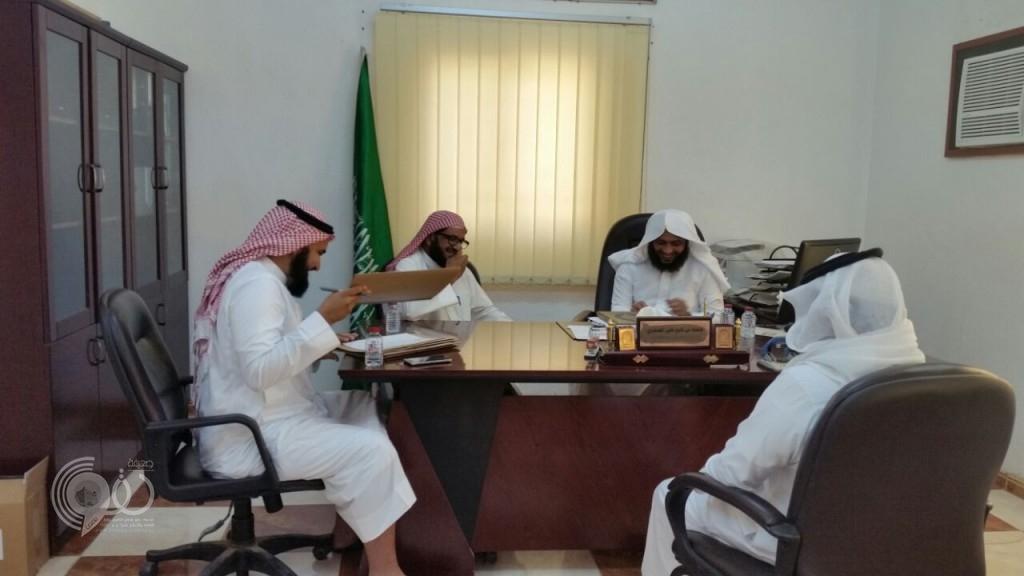 بالصور : اللجنة الفرعية بمحافظة الريث تجري اختباراً للأئمة والمؤذنين بمساجد المحافظة