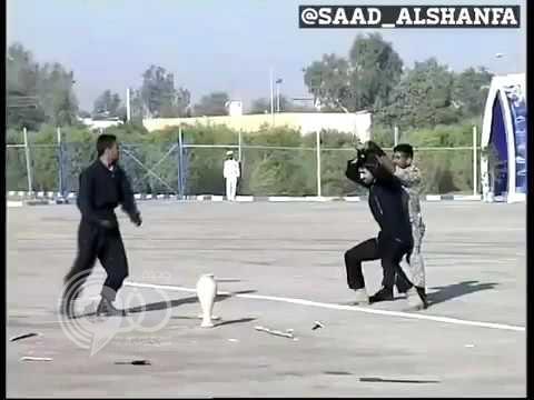 """شاهد عرض عسكري إيراني يثير السخرية بمواقع التواصل .. """"فيديو"""""""