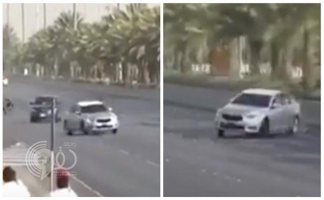 بالفيديو: مرور الرياض يطيح بقائدي سيارات يمارسون التفحيط في طريق الملك خالد