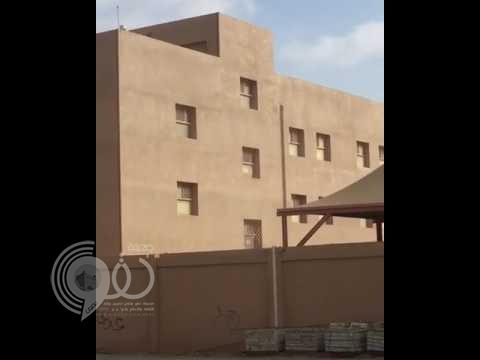 «تعليم جازان» يوضح حقيقة مقطع إلقاء الأثاث المدرسي (فيديو)