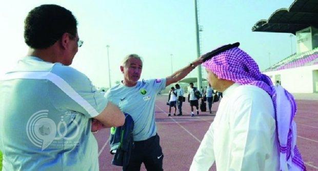 مدرب المنتخب السعودي: كيال دائم الصراخ في اللاعبين ولا أريده على الدكة!
