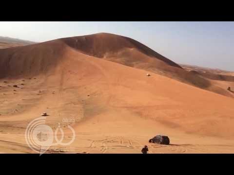بالفيديو : انقلاب سيارة و سقوط سائقها أثناء التطعيس